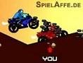 Steuerung: Pfeiltasten - Steuern, Springen Leertaste - Schießen Liefere Dir mit Deinem Motorrad eine