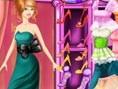 Dressing Room Girl