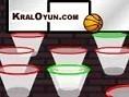 2 kere Týkla AMAÇ: En az atýþla bütün potalara basket at Farenle Alttaki okun üzerine git basýlý tut