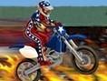 Mache mit Deinem Motorrad verrückte Stunts und begeistere das Publikum. Pfeiltasten - Steuern A,S,D