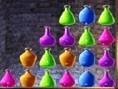 Flaschen Stapeln funktioniert im Prinzip, wie jedes andere Verbinden-Spiel auch. Mindestens drei gle
